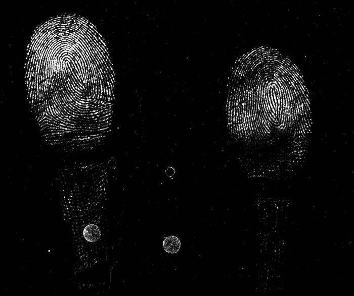 in-fluorescent-fingerprints